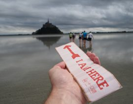 Walking to Le Mont Saint Michel