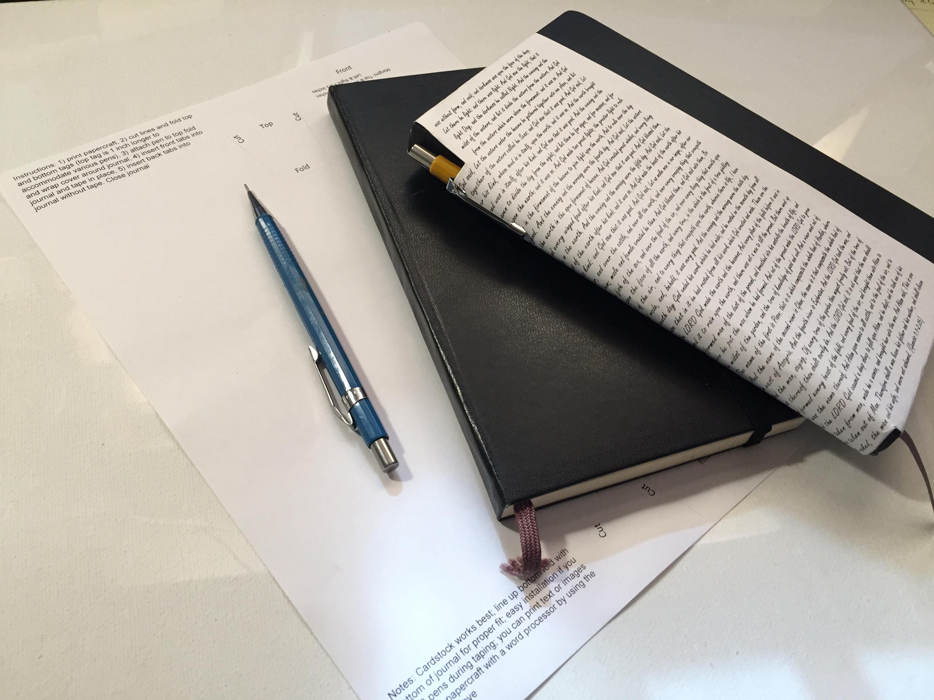Pen Holder Papercraft