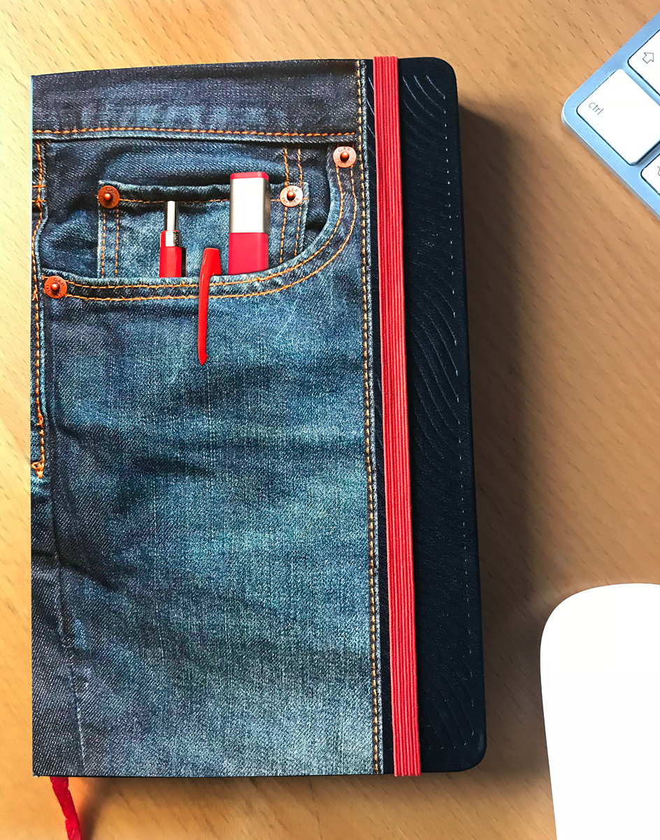 Imaginary denim pocket for my Moleskine