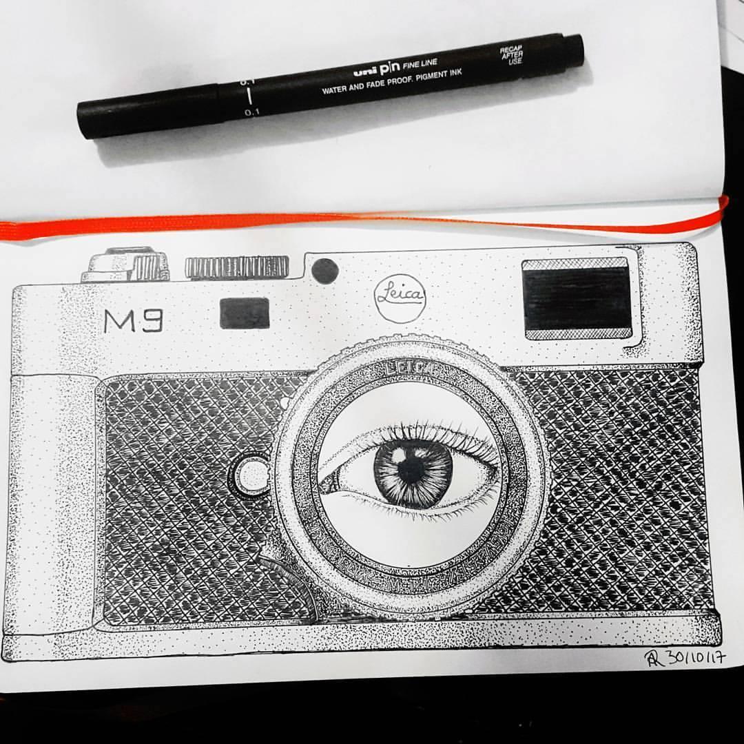 Eye behind the camera