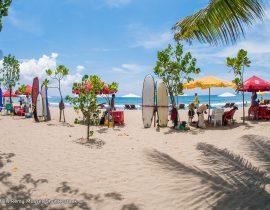 Travelling Kuta Beach