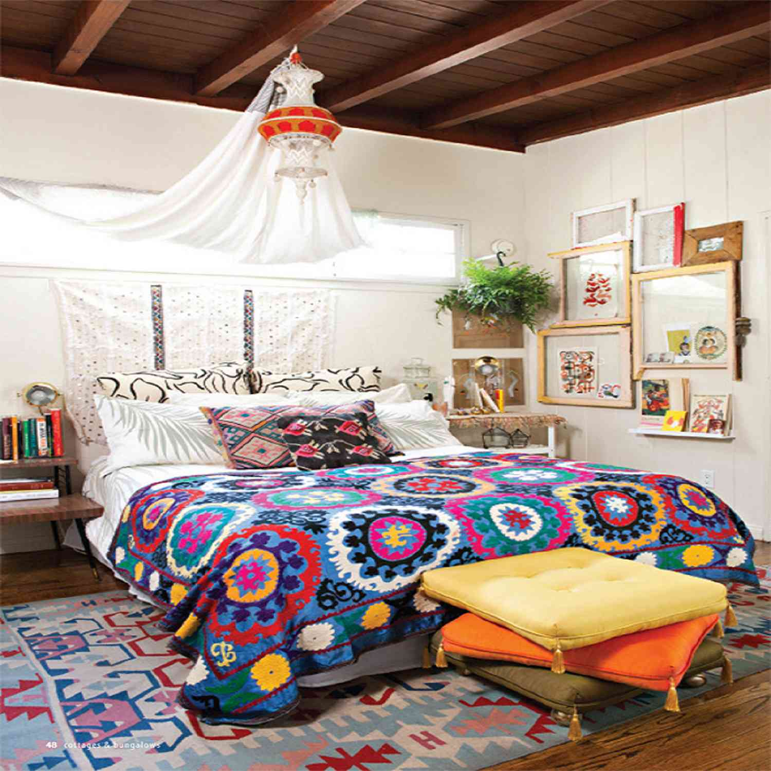 Small Bedroom Decorating Ideas For A Single Woman