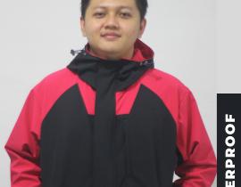 jaket merah dan hitam yang elegan