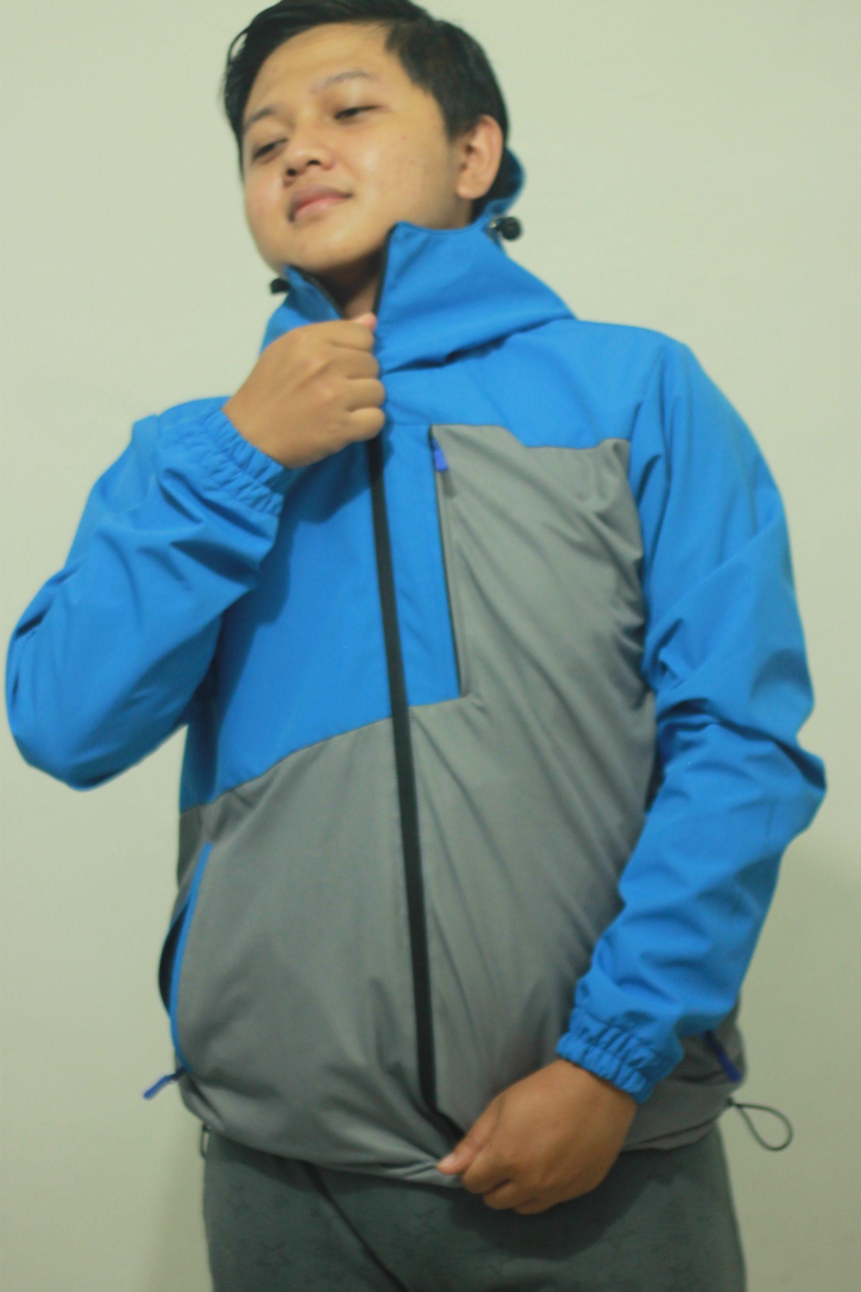 Jaket Gunung Biru Dongker yang fenomenal