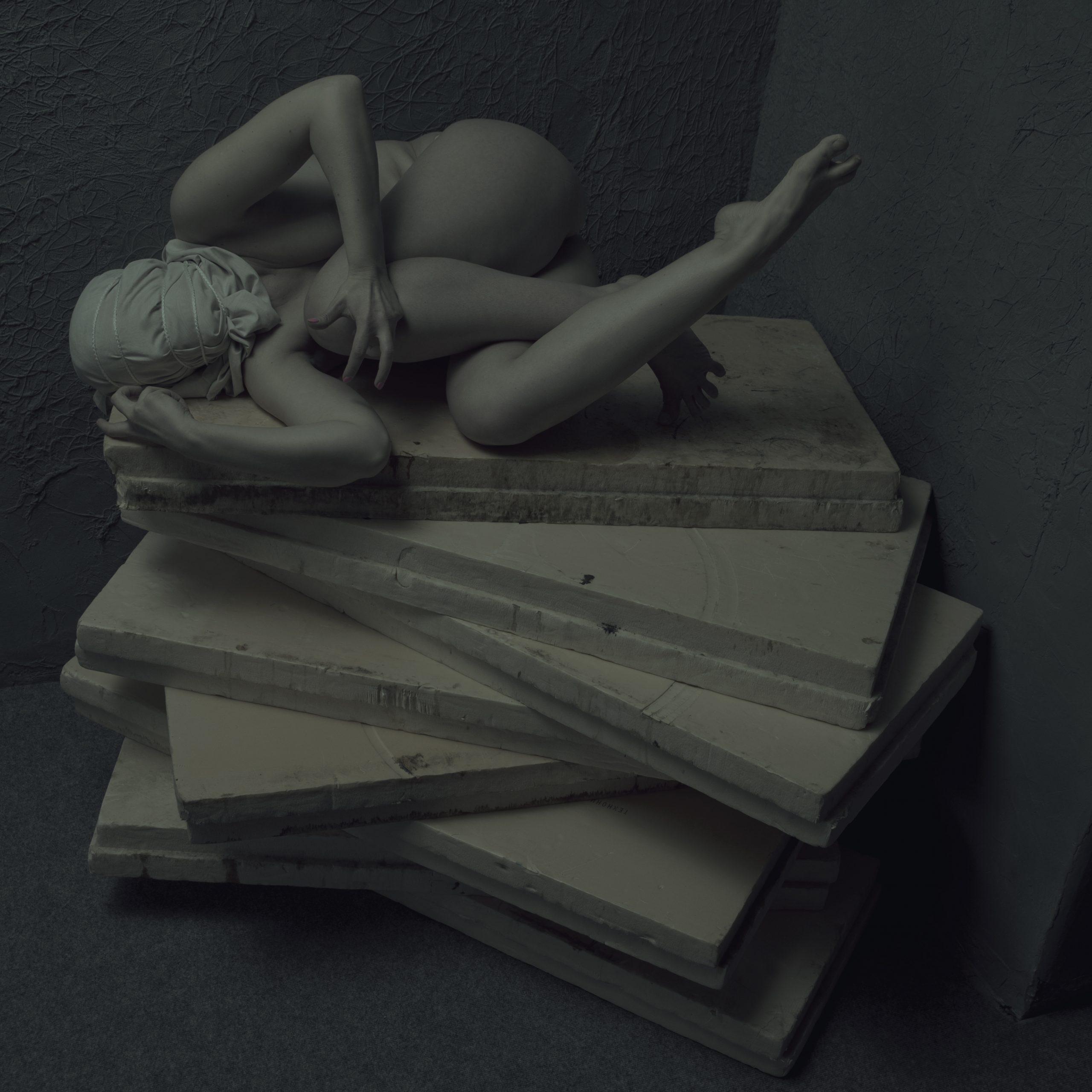 "fhgoeratasjkdf"" / ""figure collection: DARK VERSION {$M}"
